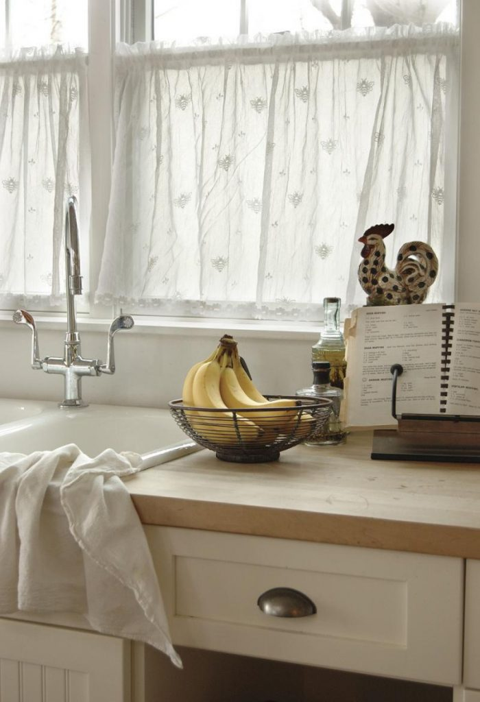 Дизайн штор на кухню